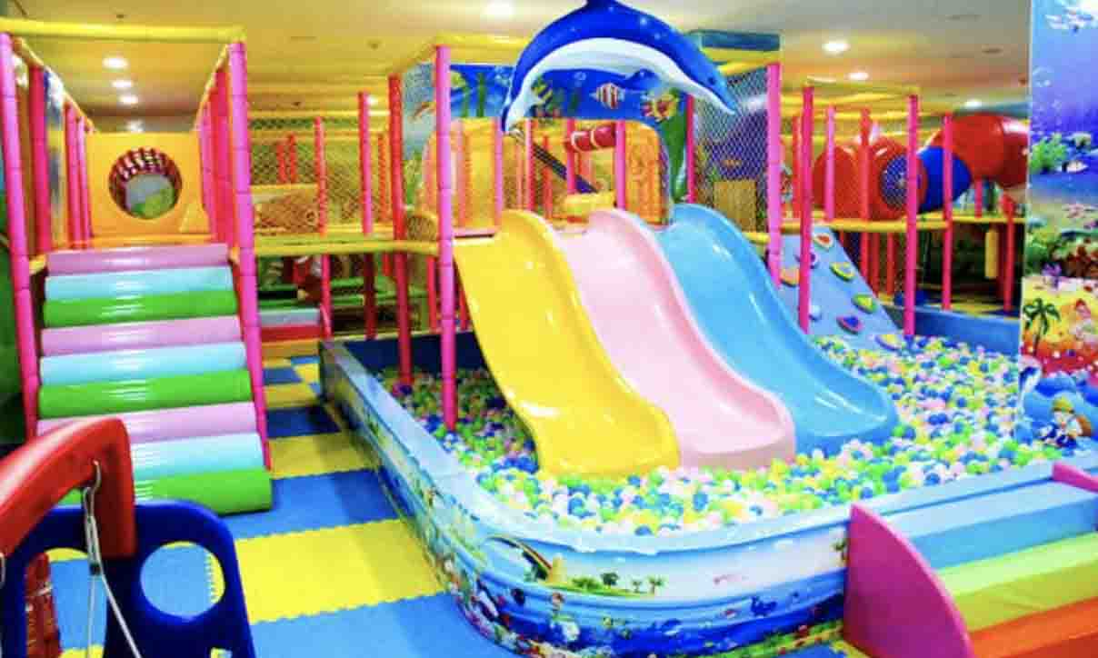 More attractive play items in the indoor playground